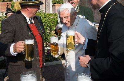 pope-benedict-celebrates-birthday-with-beer