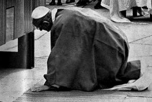 pope01pix.jpg